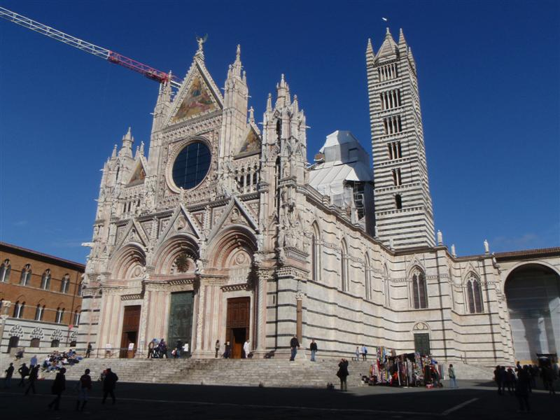 Church in Siena under construction