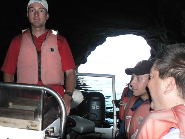Zodiak cave tour participants