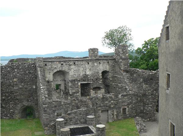 Castle ruins in Oban