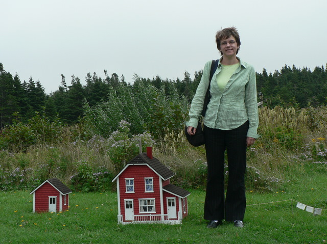 Cathy with miniatures at Site D'Autrefois
